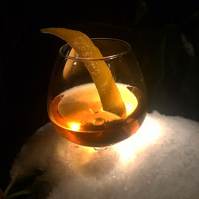 Veckans Cocktail:Alcatraz -Tequila Resposado, Mezcal, Sherry, Suze, Chokolate Bitters #cocktail#cocktails