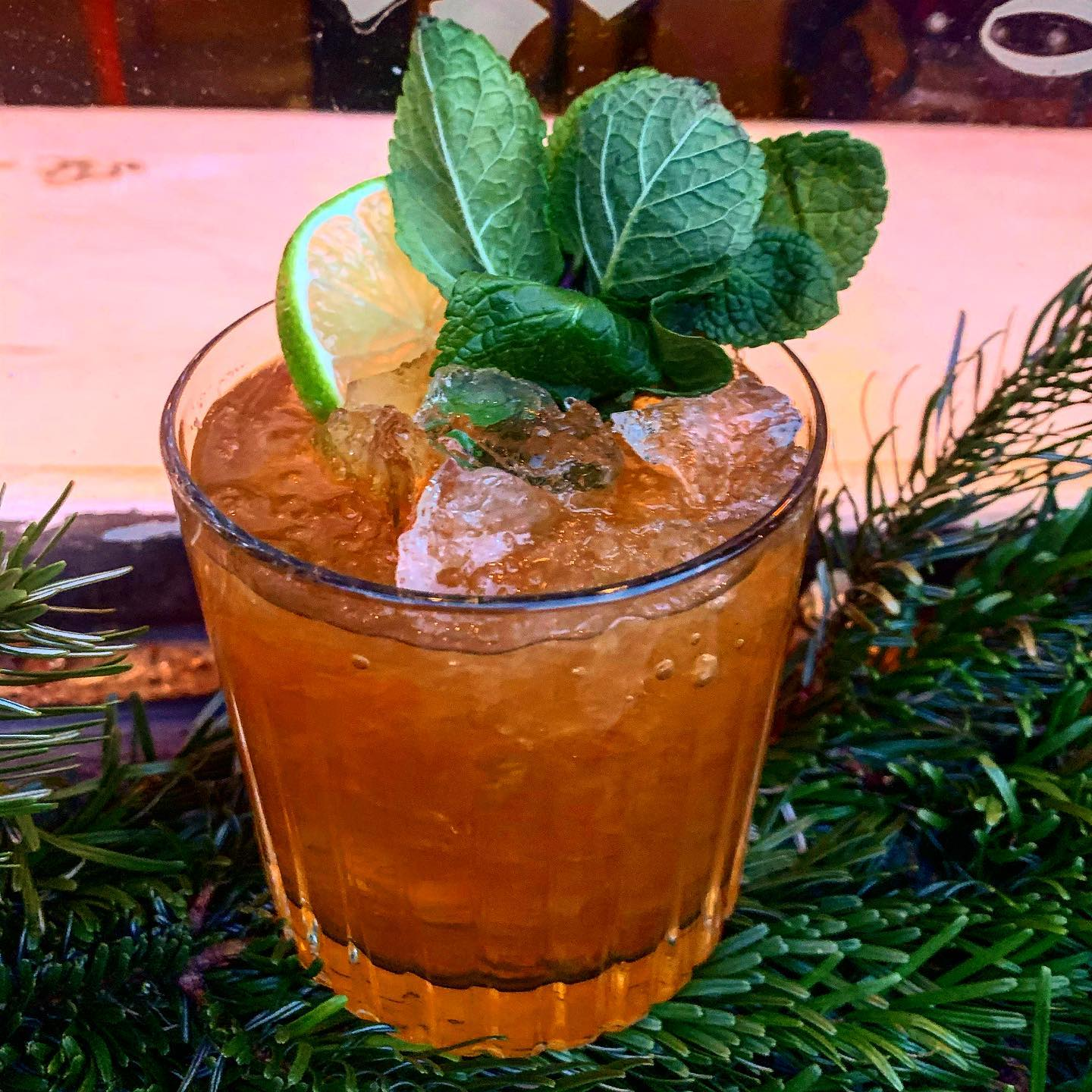 Veckans cocktail :Kingston Stinger -Rom, Fernet Branca, Lime/Ginger syrup,Lime #cocktail#cocktails